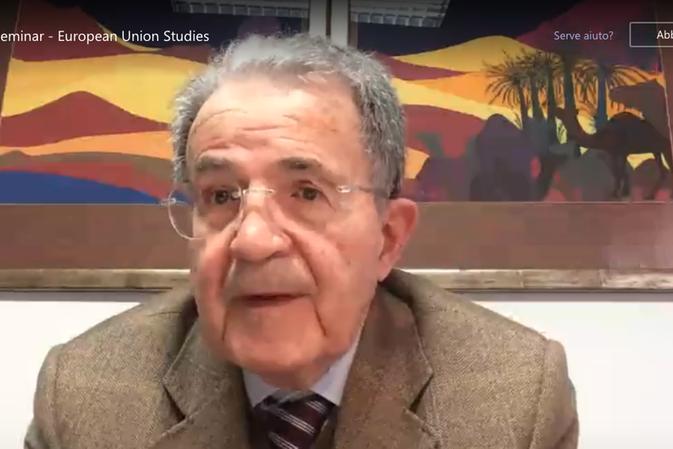 """Prodi ospite dell'Università di Cagliari: """"Il Covid sta cambiando il ruolo dei governi e dell'Ue"""""""