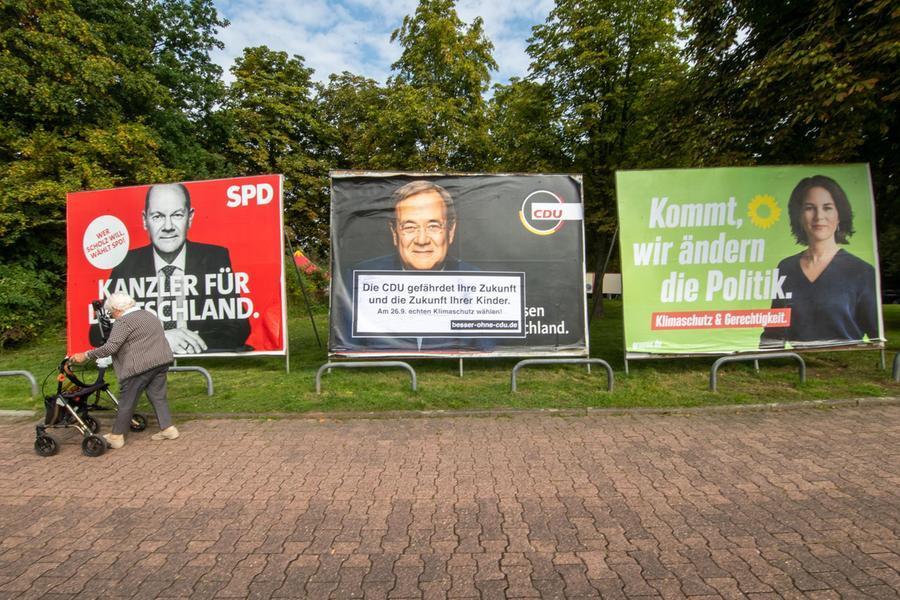 Verso le elezioni in Germania, per i sondaggi i socialdemocratici sono ancora in testa al 25%