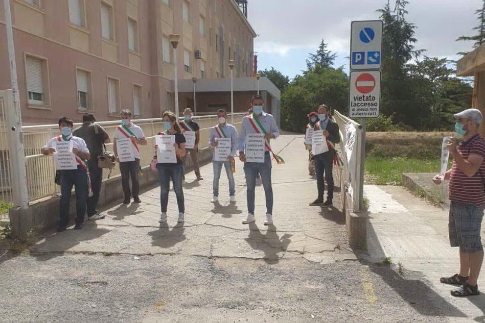 Flash mob per l'ospedale San Giuseppe di Isili