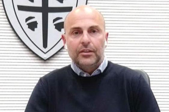 Stipendi, il Cagliari rinvia il taglio VIDEO