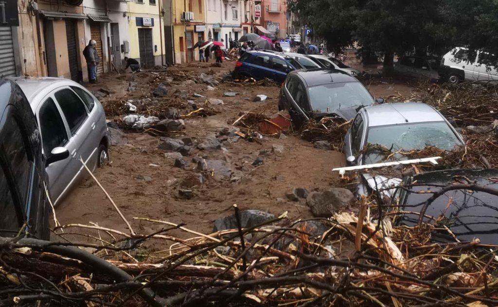 La devastazione a Bitti (L'Unione Sarda - Renzo Gualà)