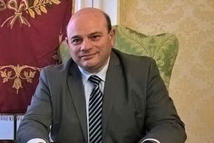 Sassari, terremoto in Comune: si dimette il sindaco Sanna VIDEO