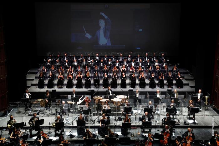A Cagliari grandi applausi per Diego Ceretta: il giovane direttore d'orchestra protagonista al teatro Lirico