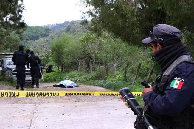 Doppia imboscata, una banda criminale uccide 17 agenti di Polizia
