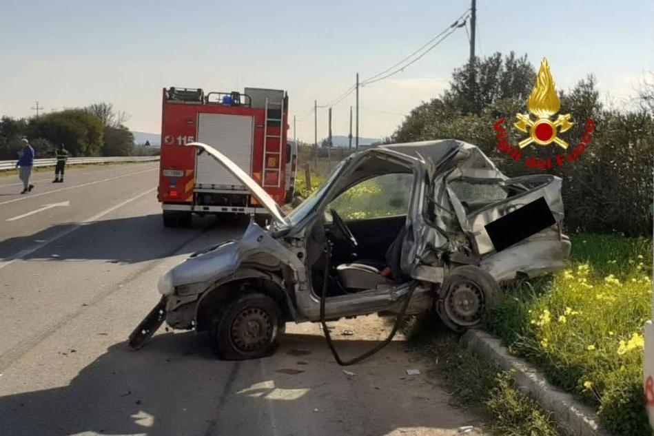 Auto contro furgone sulla 387: gravissimo un 39enne