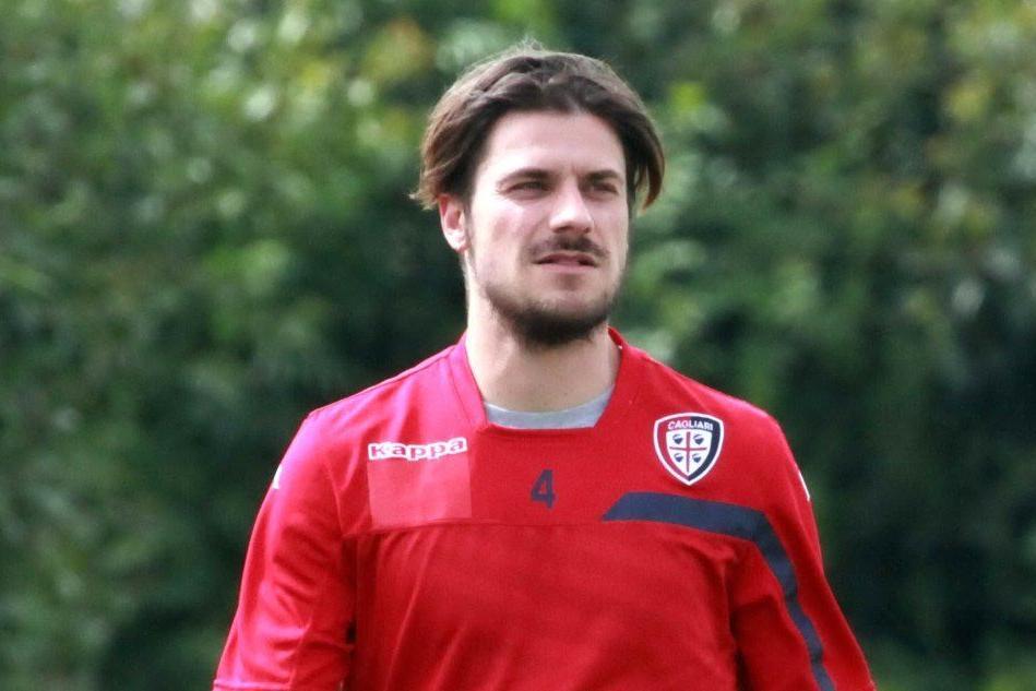 Calcio, Serie A: rossoblù oggi impegnati nell'amichevole a Samassi