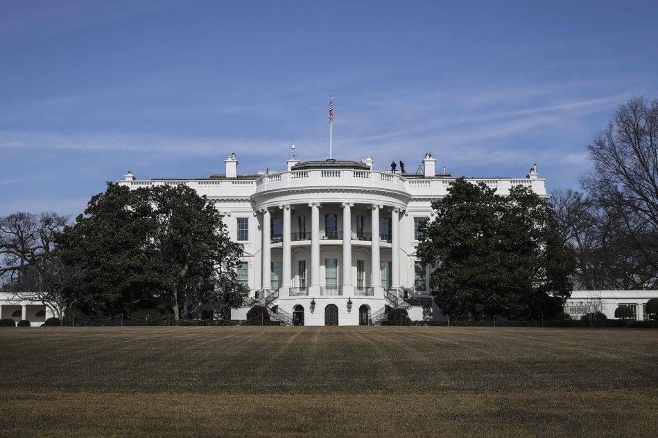 La Casa Bianca conferma: stop ai viaggi Europa-Usa