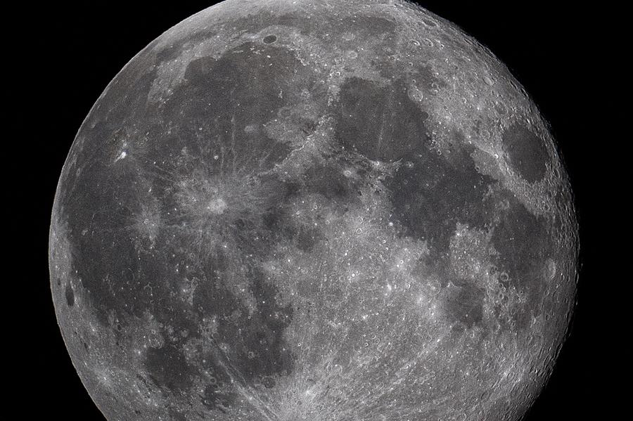 In arrivo la superluna dell'anno con diretta dal Planetario de L'Unione Sarda