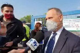 Molotov contro centro vaccinale, paura a Brescia