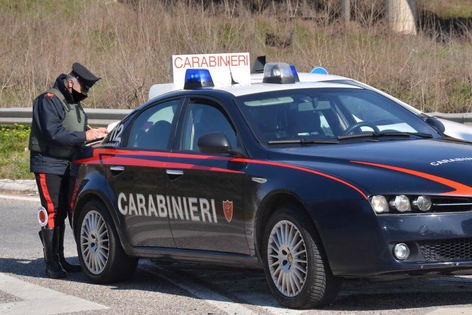 In giro in auto per Muravera con le dosi di eroina: addio patente