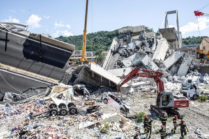 Una tragedia annunciata, Genova è sotto choc