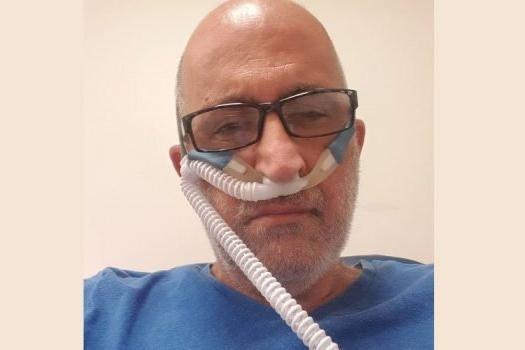 """Morto per Covid il leader dei no vax israeliani, dal letto d'ospedale accusava: """"Mi hanno avvelenato"""""""