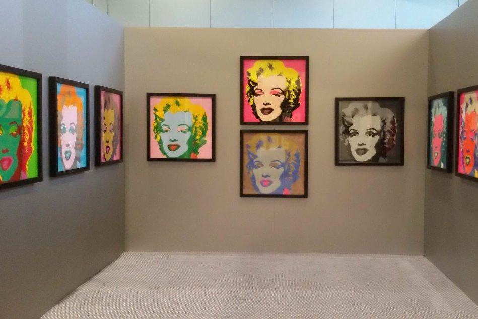 Andy Warhol sbarca a Porto Cervo: in mostra 118 pezzi tra opere d'arte e cimeli