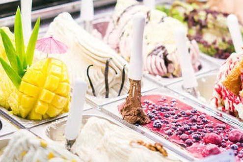 Pesca e pecorino o pomodoro e culurgiones? I nuovi gelati che spopolano in Sardegna