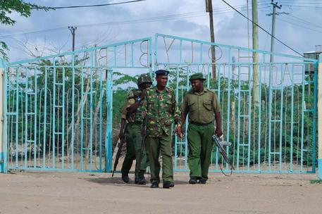 Forze dell'ordine in Kenya (Ansa)