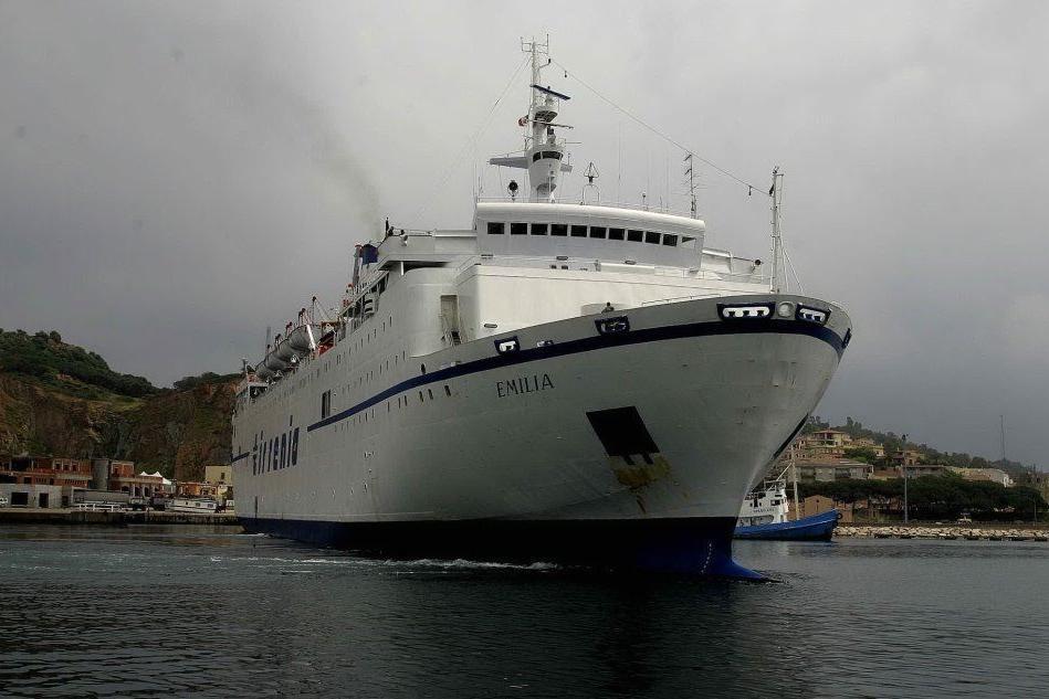 Tirrenia, annullato l'ultimo viaggio dal porto di Arbatax