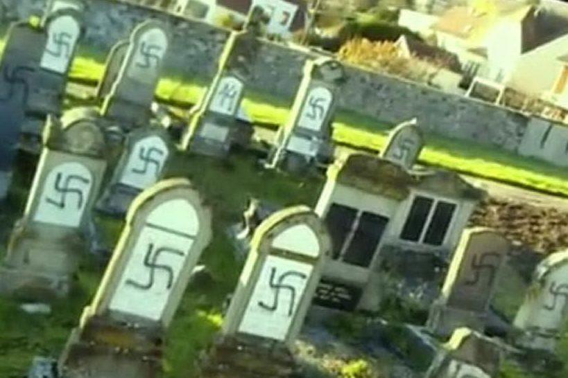 Strasburgo, svastiche dipinte su cento lapidi del cimitero ebraico