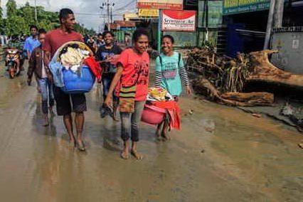 Alluvioni in Indonesia, bilancio sale a 89 morti