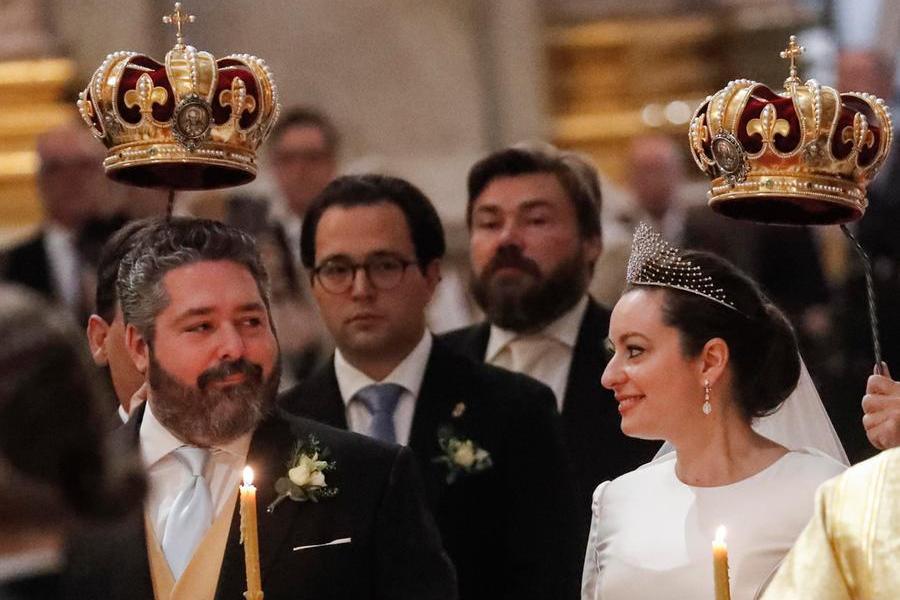 """Nozze realiin Russia, l'ultimo """"erede"""" dei Romanov sposaun'italiana"""