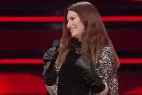 Laura Pausini, commozione al Festival dopo la vittoria ai Golden Globes