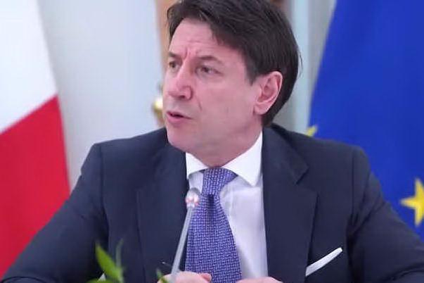 """Conte ai sindacati: """"Nuovo decreto per ulteriori 4 settimane di cig"""""""