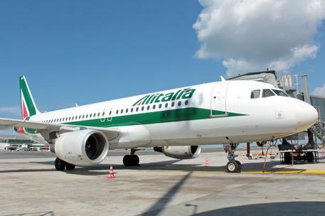 Un mese per Alitalia-Ita, nuove regole per chiudere in tempo