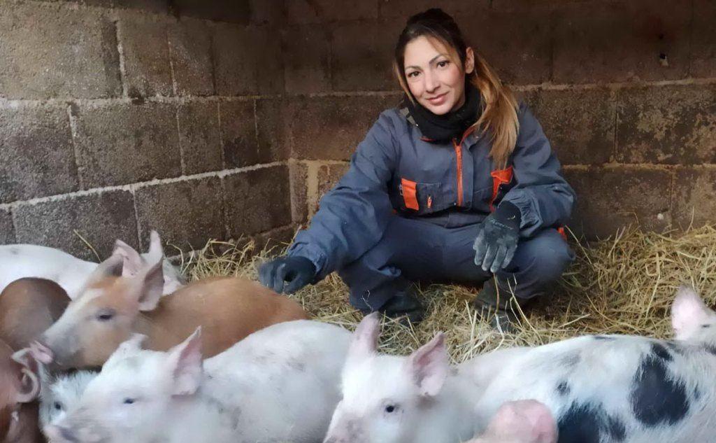 Simona Loi nella sua azienda (foto Marika Brundu)