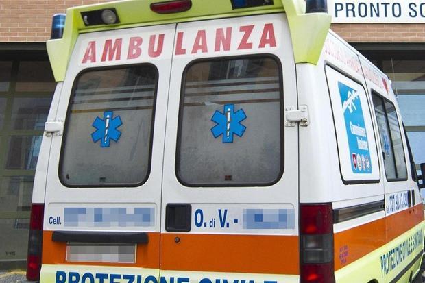 Anziana picchiata da un 30enne: gli aveva chiesto di dire meno parolacce alla fermata del bus