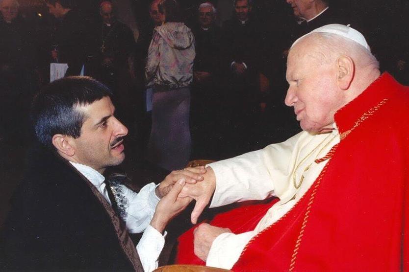 Orlando Mascia con Papa Giovanni (foto Serreli)
