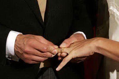 Muore di dolore 24 ore dopo la moglie: erano sposati da 65 anni