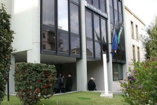 Il municipio di Selargius (foto Serreli)