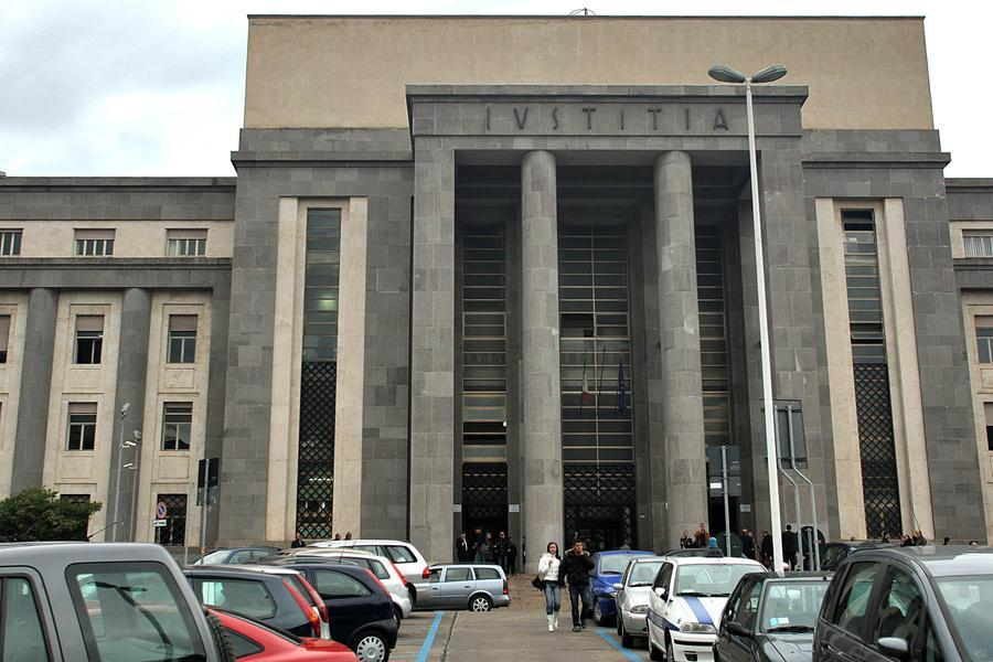 M5s: per la Corte d'Appello di Cagliari èinammissibile il ricorso di Crimi