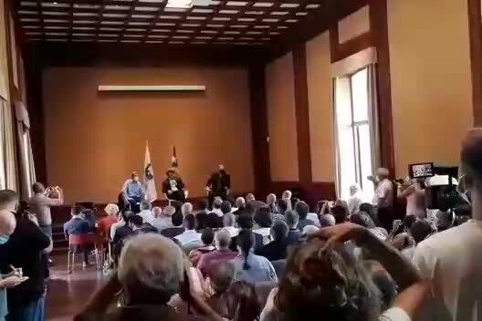 """Puigdemont a Oristano: """"Pacifismo come metodo di lotta per l'indipendenza dei popoli"""""""