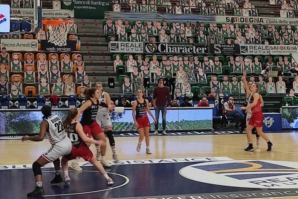 Basket femminile, la Dinamo perde a Broni 68-65
