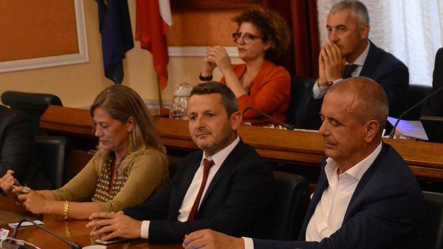 """03-09-2021_alghero_il_sindaco_conoci_""""silura""""_l'assessore_di_gangi_.html"""