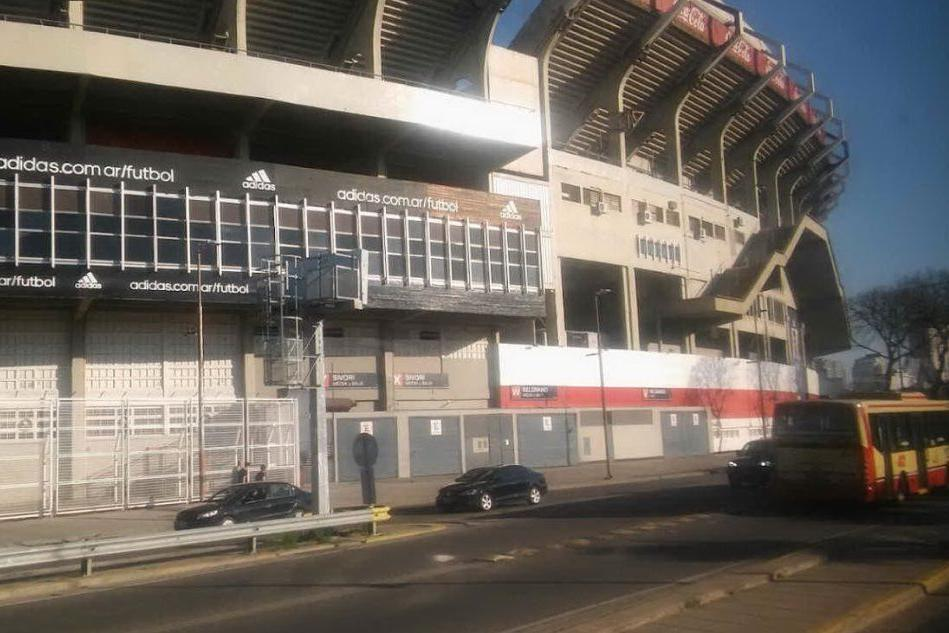 Allarme bomba allo stadio del River Plate: un ragazzo voleva saltare un esame