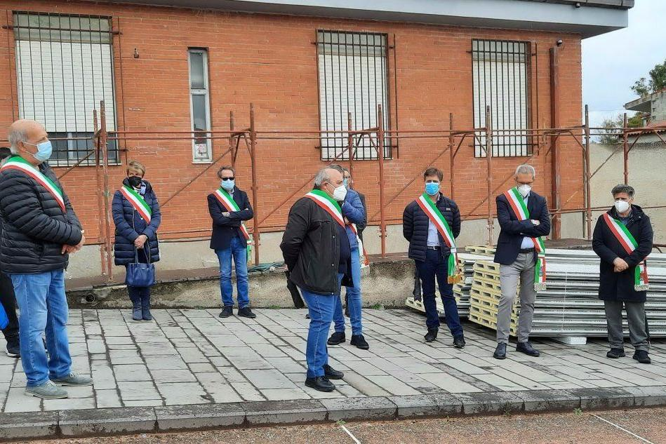 Sanità oristanese in crisi, i sindaci protestano a Simaxis contro Regione e Ats