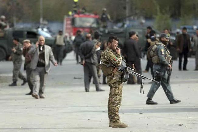 Kabul, assaltato un tempio indù: vittime e ostaggi