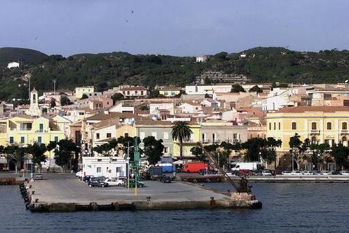 """Isole minori Covid free, ok del governo. L'appello: """"AncheCarloforte e La Maddalena"""""""
