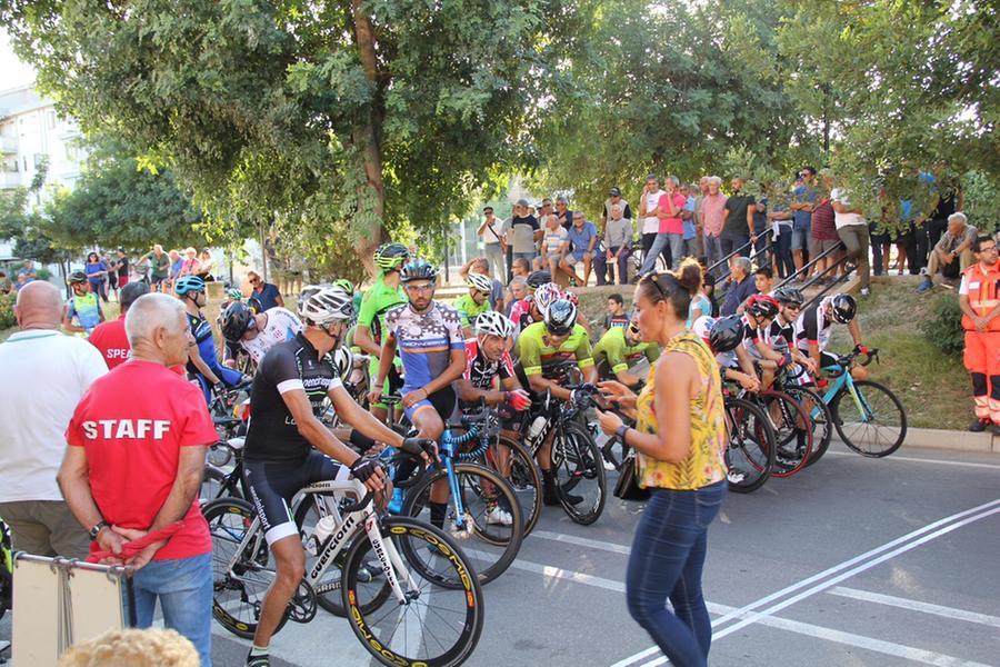 Monserrato: una corsa in bici per ricordare Giorgio, Luca e Ignazio morti un anno fa in strada