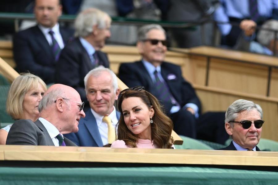 Reali in tribuna, ecco Kate Middleton
