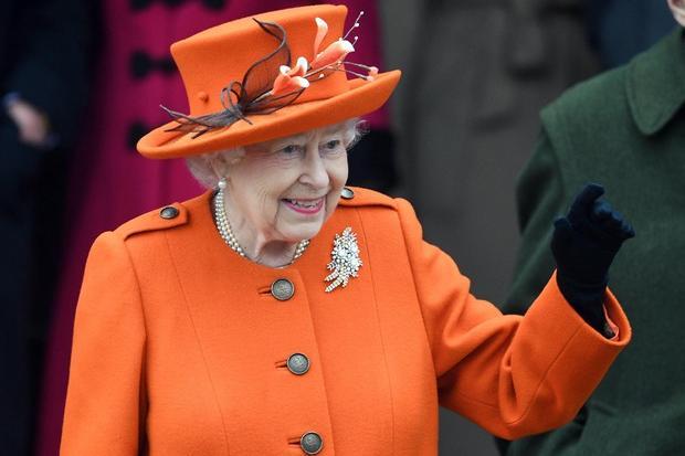"""Regina Elisabetta, """"i medici le vietano ilMartini e tutti gli alcolici"""""""