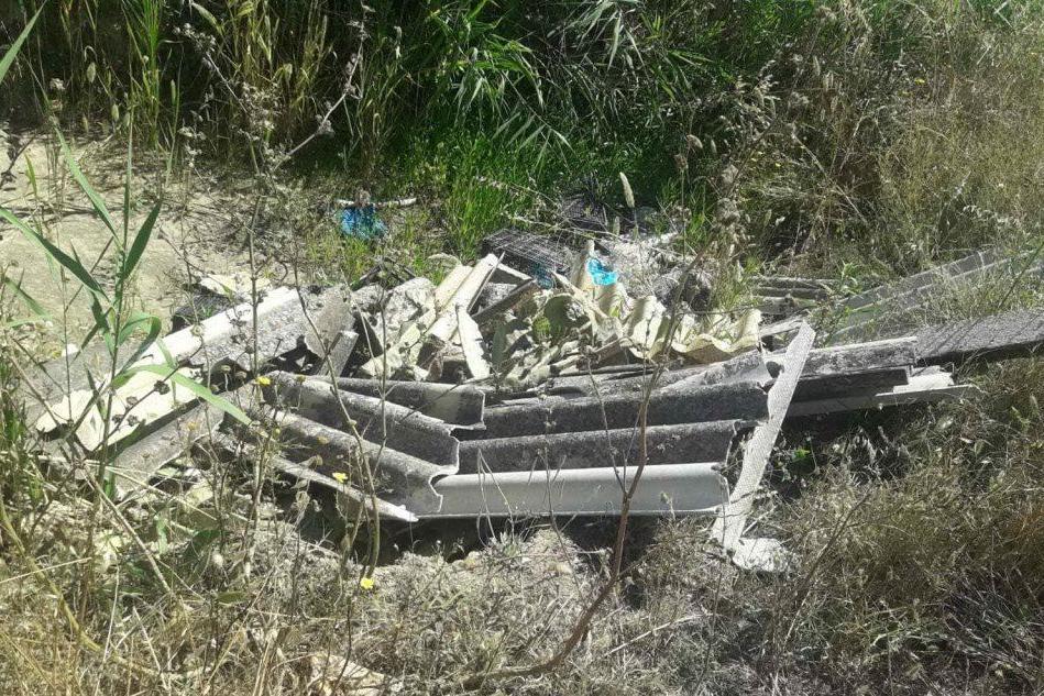 Santa Giusta, discariche di amianto nelle campagne del paese