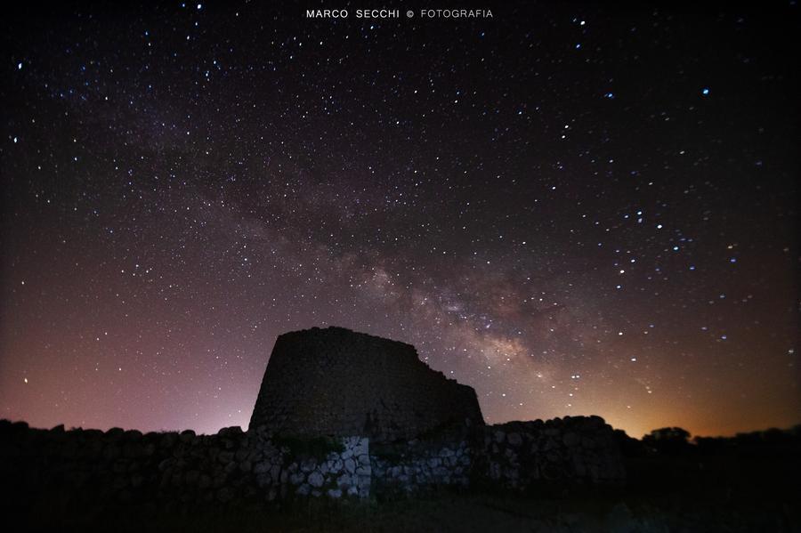 Notte sotto le stelle al Nuraghe Losa