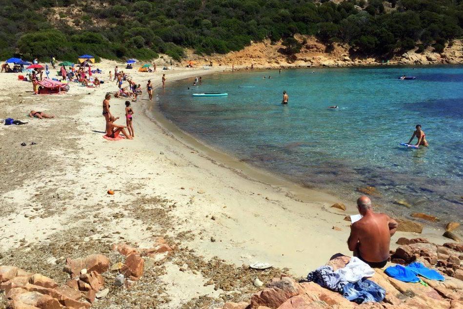 Pedoni di nuovo gratis nella spiaggia del Poligono