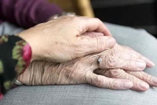 Sposati da 63 anni, Lorenzo e Letizia muoiono lo stesso giorno