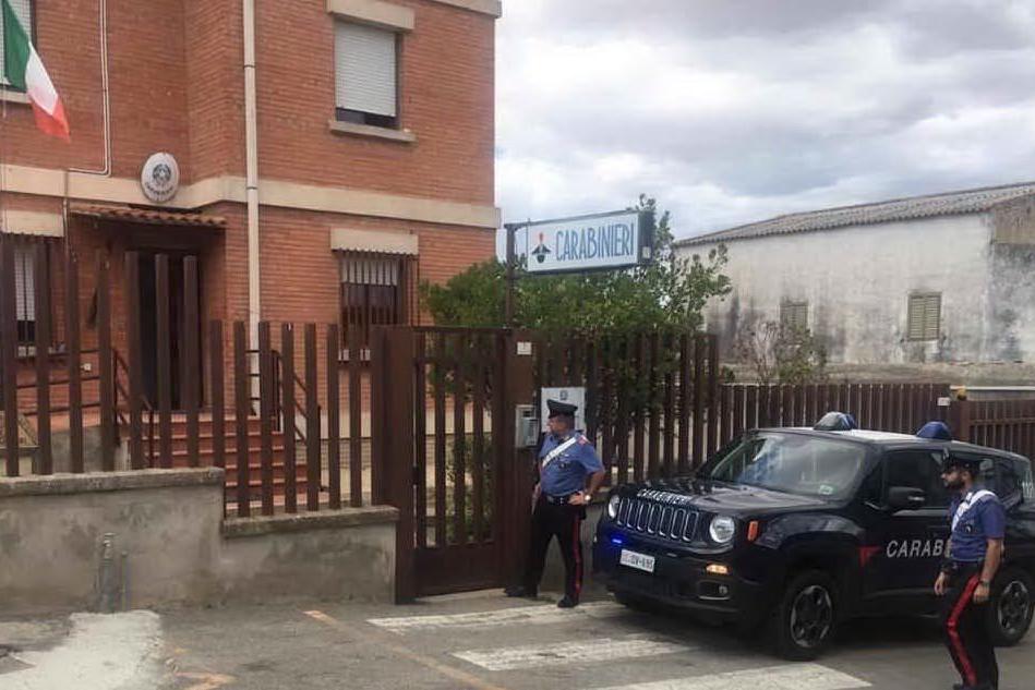 La caserma (foto carabinieri)