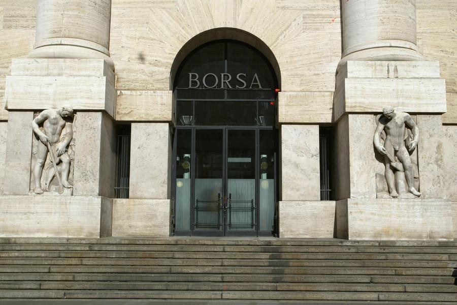 La Borsa di Milano (Ansa)