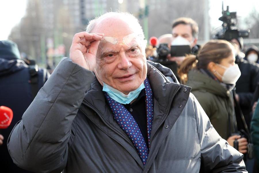 """Massimo Galli: """"A novembre vado in pensione. Ma non abbandonerò la trincea"""""""