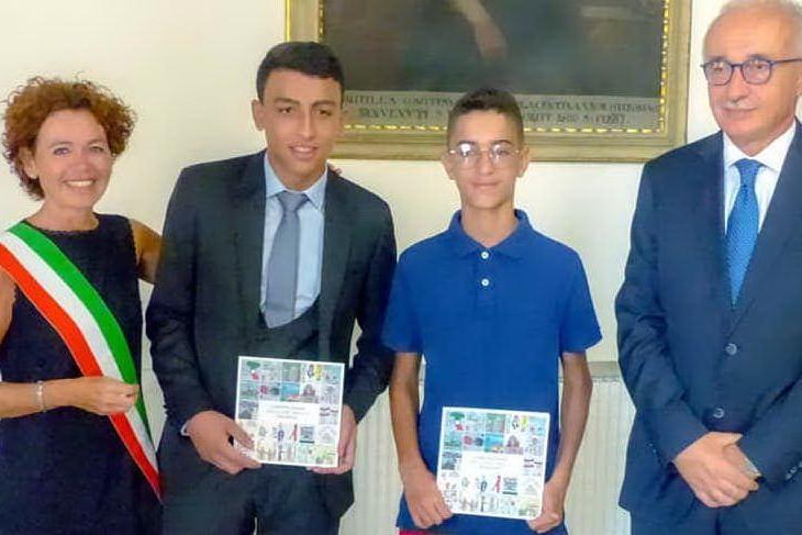 Adam e Ramy sono cittadini italiani, la cerimonia per gli eroi del bus dirottato